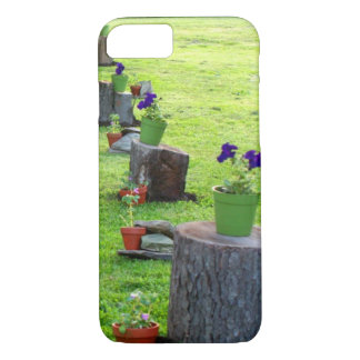 Coque iPhone 8/7 Belles fleurs mises en pot sur des tronçons