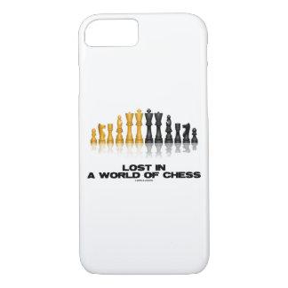 Coque iPhone 8/7 Perdu dans un monde de jeu d'échecs réfléchi