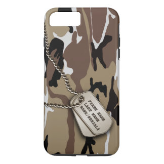Coque iPhone 8 Plus/7 Plus Désert militaire Camo avec l'étiquette de chien