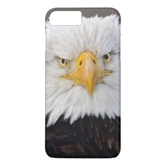 Coque iPhone 8 Plus/7 Plus Portrait d'Eagle chauve, Eagle chauve en vol,