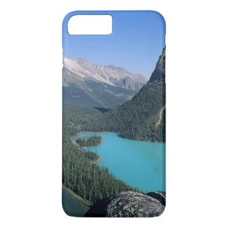 Coque iPhone 8 Plus/7 Plus Randonneur donnant sur le lac turquoise-coloré