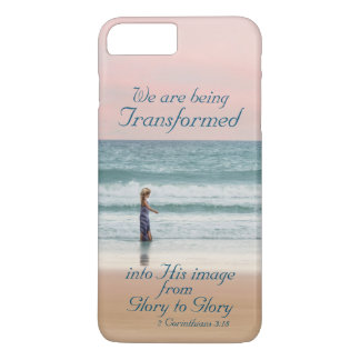 Coque iPhone 8 Plus/7 Plus Transformé en sa bible d'image, fille sur la plage