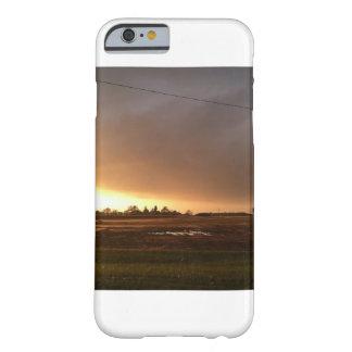 Coque iphone avec le coucher du soleil pittoresque