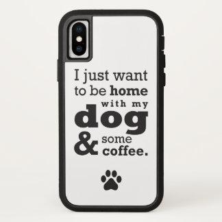 Coque iPhone X Maison avec le cas de téléphone de chien et de