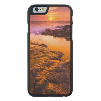 Coque Mince En Érable iPhone 6 Coucher du soleil au-dessus des piscines de marée,