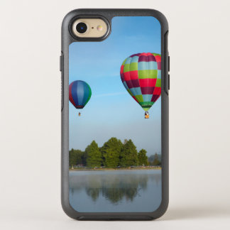 Coque OtterBox Symmetry iPhone 8/7 Ballons à air chauds au-dessus d'un lac, NZ