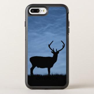 Coque OtterBox Symmetry iPhone 8 Plus/7 Plus Mâle silhouetté de cerfs communs rouges la nuit