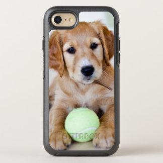 Coque Otterbox Symmetry Pour iPhone 7 Le chiot de golden retriever veut jouer