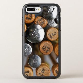 Coque Otterbox Symmetry Pour iPhone 7 Plus Aiguilles en bois et en métal de tricot