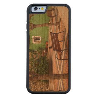 Coque Pare-chocs En Cerisier iPhone 6 Place typique dans un peuple espagnol