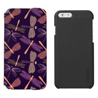 Coque-portefeuille iPhone 6 Incipio Watson™ Libellules rougeoyantes de nuit sur l'arrière -