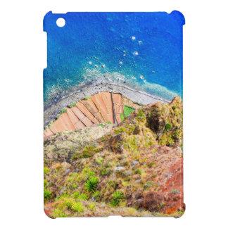 Coque Pour iPad Mini Beau paysage côtier coloré avec la mer bleue
