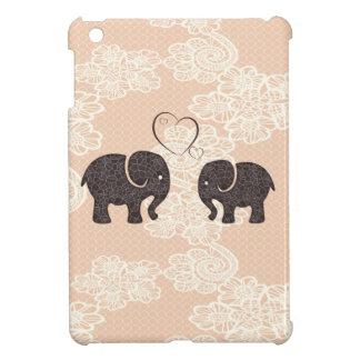 Coque Pour iPad Mini Éléphants gais adorables dans l'amour