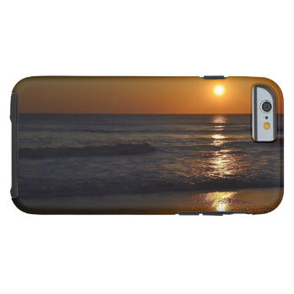 Coque Tough iPhone 6 Lever de soleil à la plage par Shirley Taylor