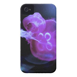 Coques Case-Mate iPhone 4 Les méduses roses fraîches se ferment