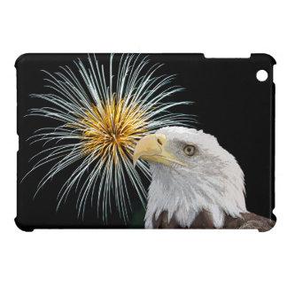 Coques iPad Mini Eagle chauve et feux d'artifice