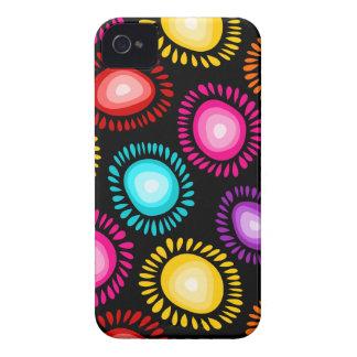 Coques iPhone 4 Caisse audacieuse de Blackberry de belles fleurs