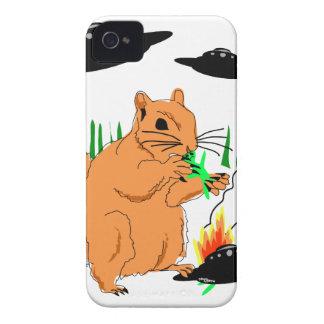 Coques iPhone 4 Écureuil contre des aliens