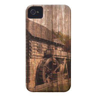 Coques iPhone 4 Roue d'eau en bois de moulin de ferme de grange