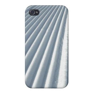 Coques iPhone 4 Traînée toilettée de ski de neige