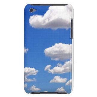 Coques iPod Touch Ciel bleu avec des nuages pour l'arrière - plan