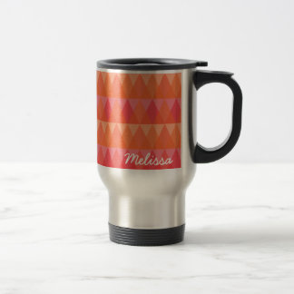 Corail géométrique moderne de motif de triangle et mug de voyage en acier inoxydable