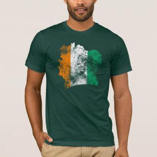 Côte d'Ivoire a affligé le drapeau T-shirt