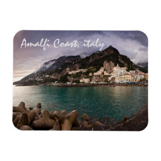 Côte pittoresque d'Amalfi, ville de bord de la mer Magnet En Rectangle