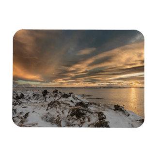 Coucher du soleil au-dessus de lac Myvatn, Islande Magnet Flexible