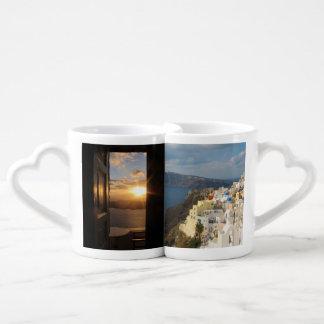 Coucher du soleil de Santorini par la porte Mug