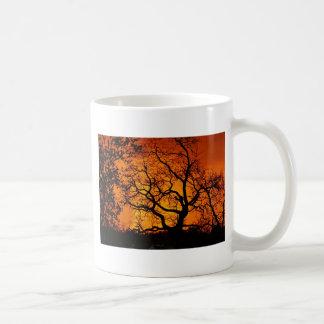 Coucher du soleil orange mug