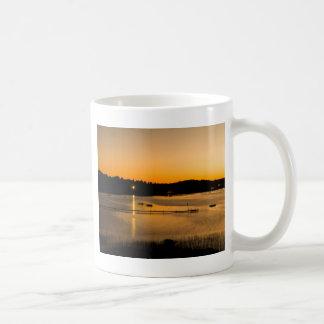Coucher du soleil sur le lac Pickerel Mug