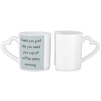 Couple la tasse de café