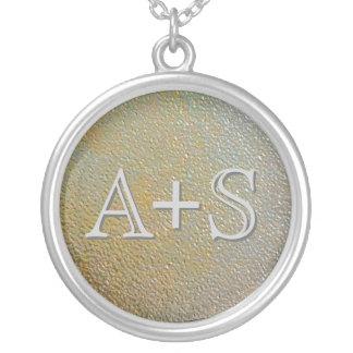 Couples d'initiales d'amour décorés d'un monogramm colliers personnalisés