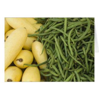 Courge jaune du marché d'agriculteurs et carte