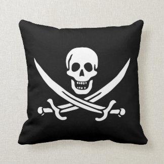 Coussin 16 x 16 de drapeau de pirate de Jack