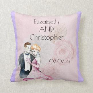 Coussin Ajouter vintages de mariage au rose de rose