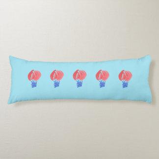 Coussin balayé de corps de polyester de ballon à
