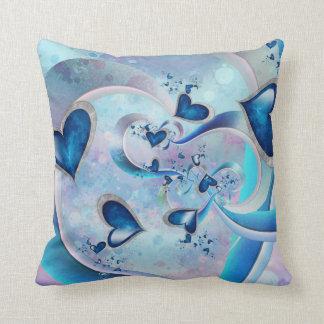Coussin Bijoux bleus de fractale de coeurs d'océan