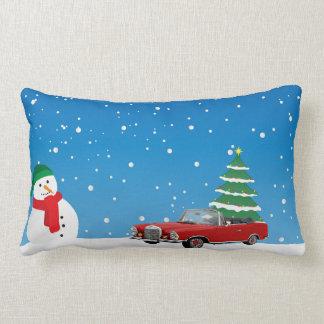 Coussin bleu d'arbre de Noël de bonhomme de neige