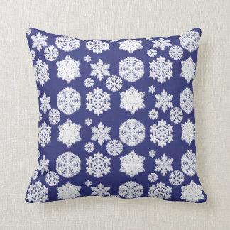 Coussin bleu de flocon de neige