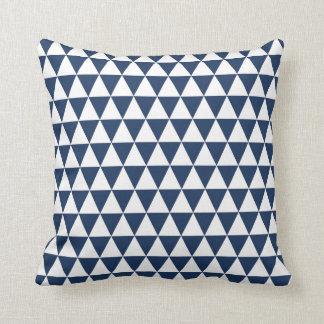Coussin Bleu marine géométrique de motif de triangle