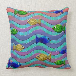 Coussin bleu pourpre abstrait de décor de poissons