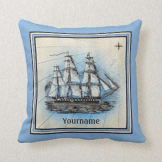 Coussin Boussole nautique bleue vintage de vieux bateau de