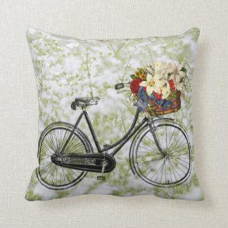 Coussin Carreau blanc vert clair de fleur de bicyclette