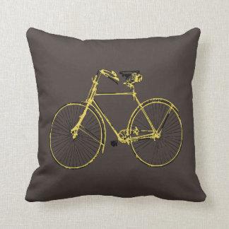 Coussin carreau brun de bicyclette de jaune   d'or