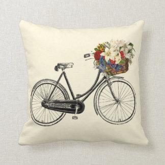Coussin Carreau en ivoire léger de fleur   de bicyclette