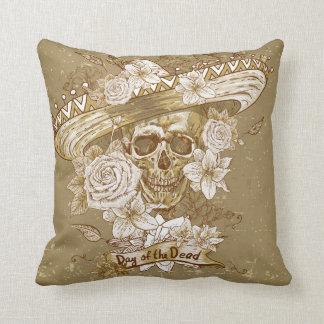 Coussin Carreau floral vintage de crâne de sucre