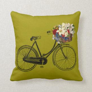 Coussin Carreau jaune de fleur de bicyclette de moutarde