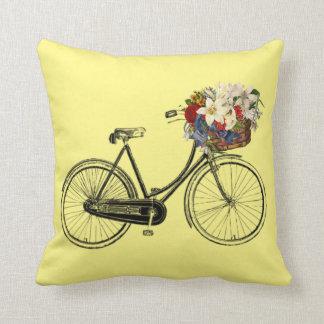 Coussin Carreau léger de fleur de bicyclette de jaune de